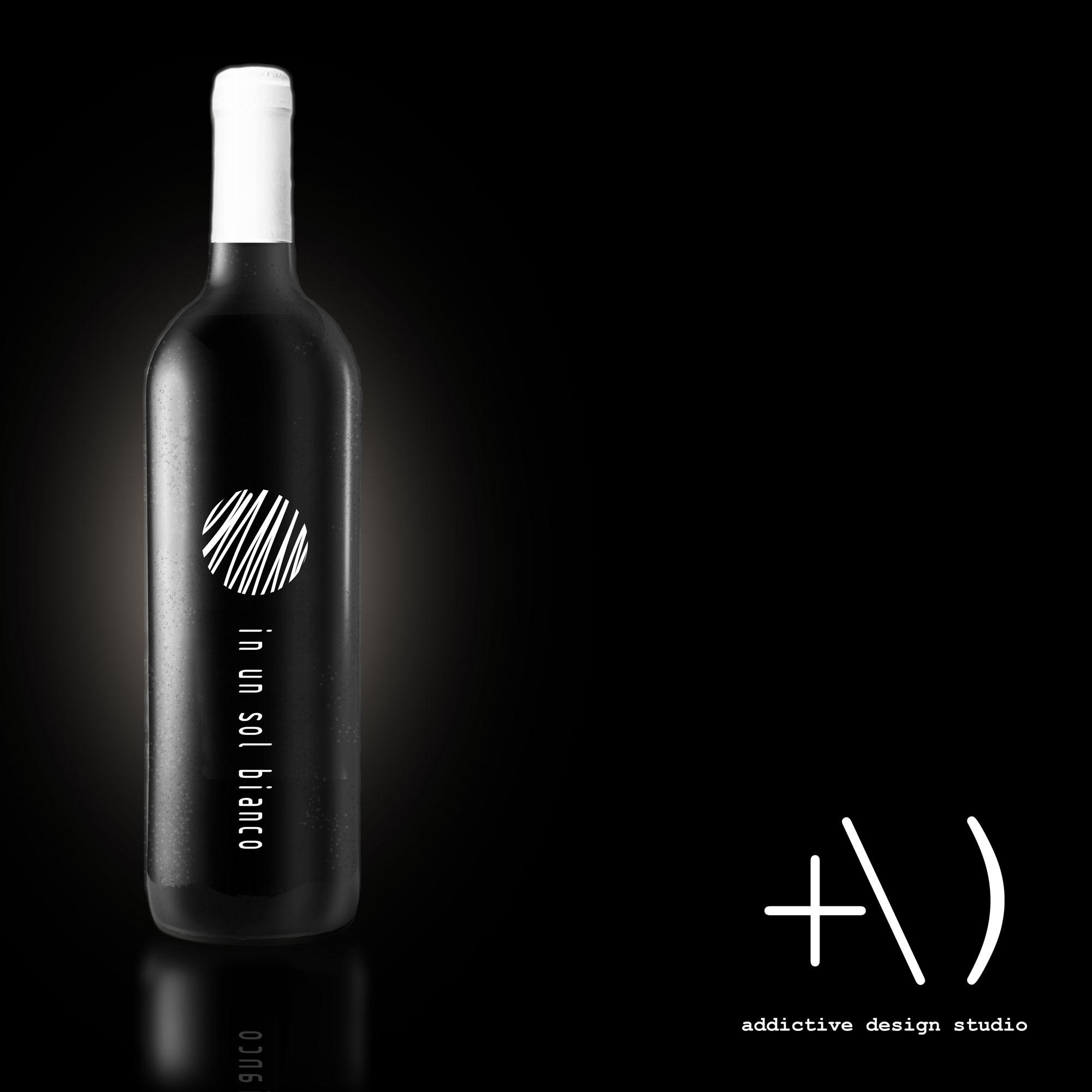 etichetta bottiglia vino in un sol bianco
