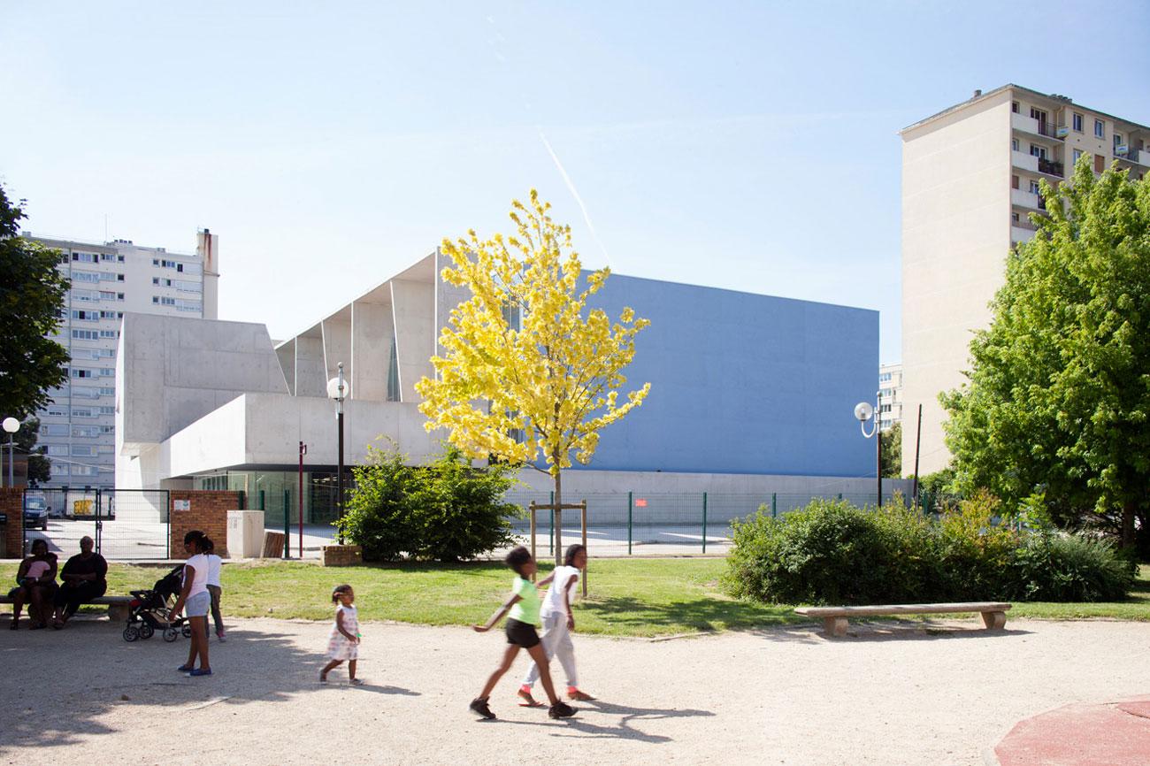 Dominique Coulon et Associés Swimming pool Bagneux extern