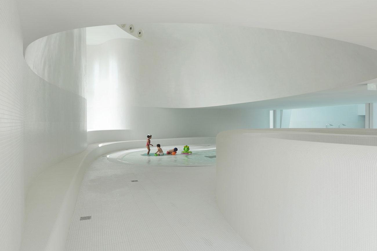 Dominique Coulon et Associés kids Swimming pool Bagneux