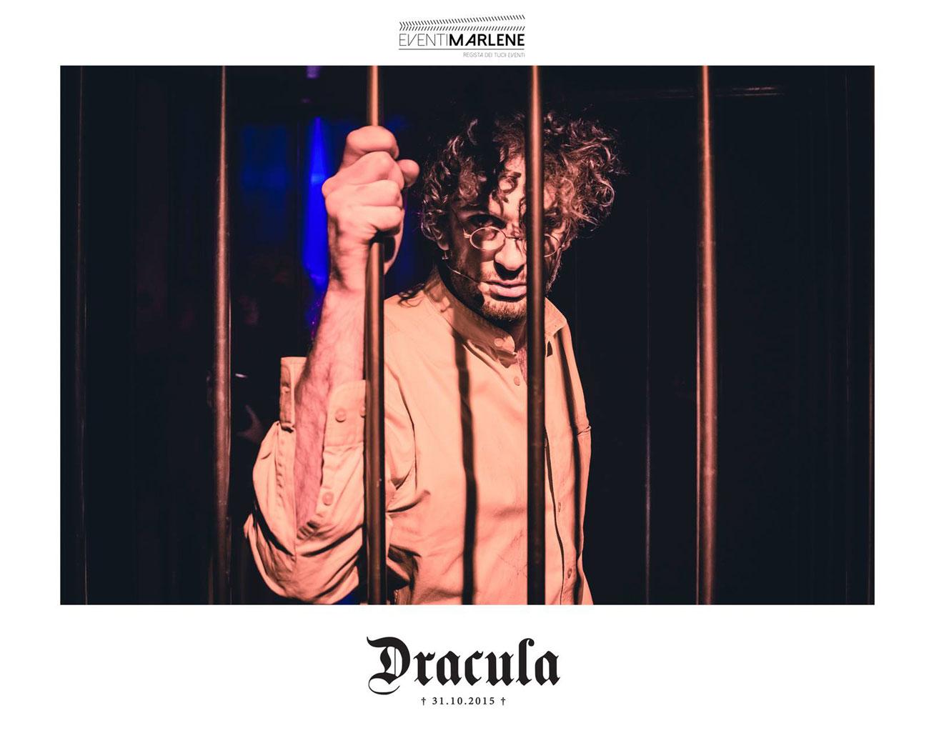 dracula-halloween-cage2