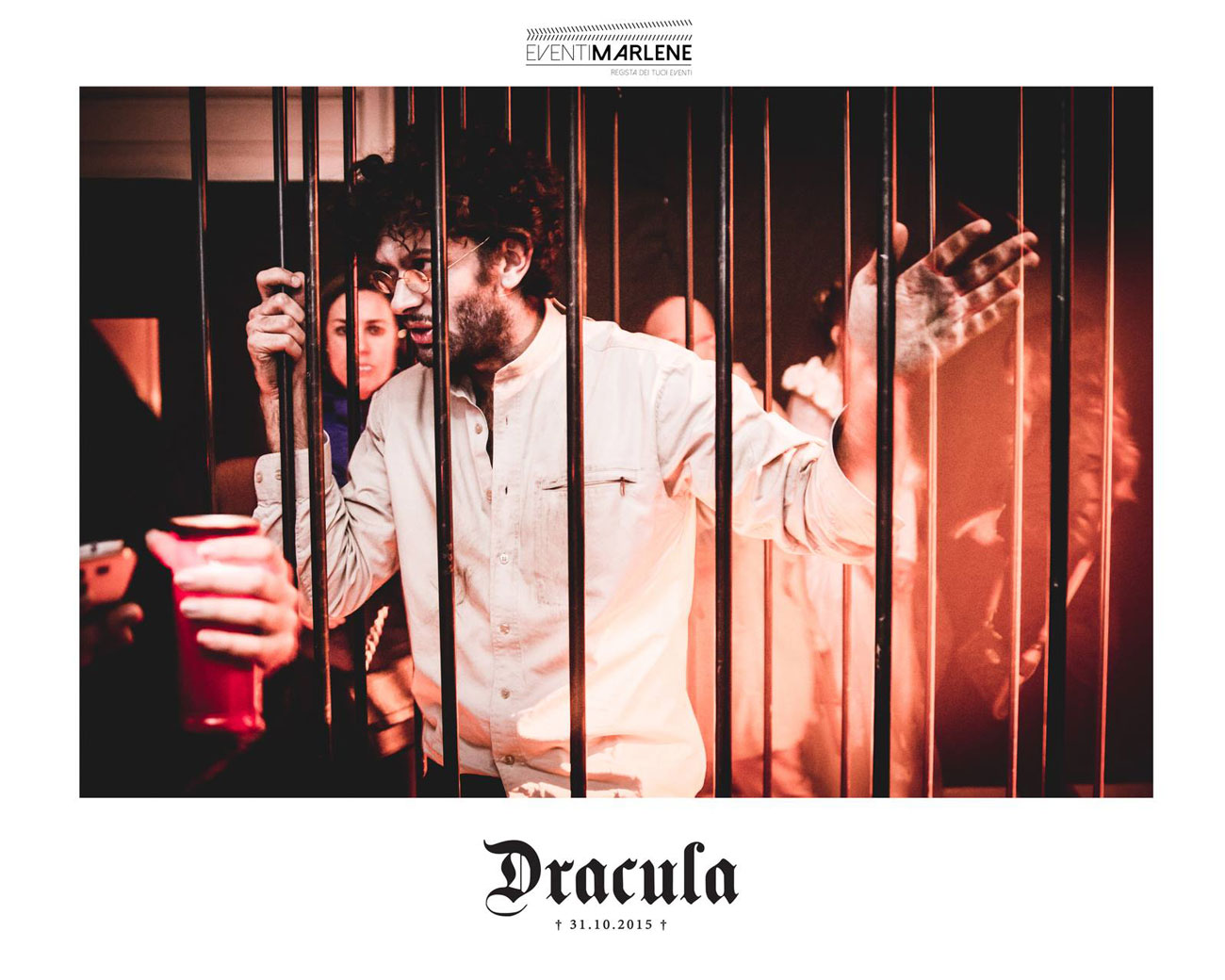 dracula-halloween-cage6